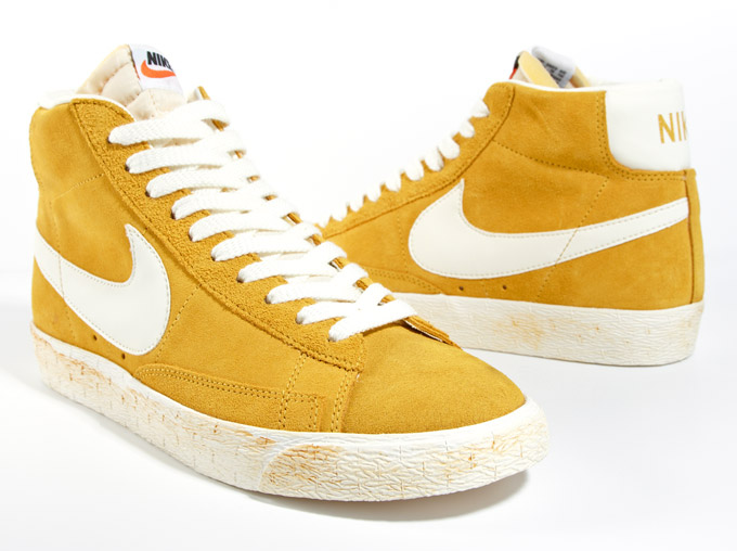 nike blazer hi suede vintage gold sail in store. Black Bedroom Furniture Sets. Home Design Ideas